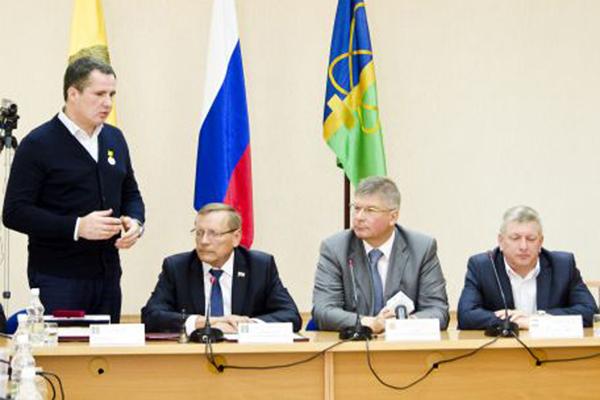 Вячеслав Гладков сложил ссебя полномочия руководителя администрации Заречного