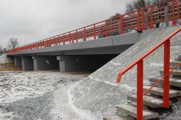 ВСамарской области отремонтировали мост через реку Сок натрассе М