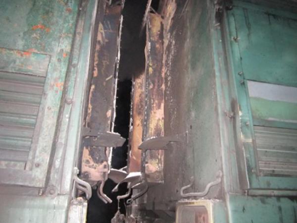 На ж.д. станции вТульской области ночью зажегся локомотив