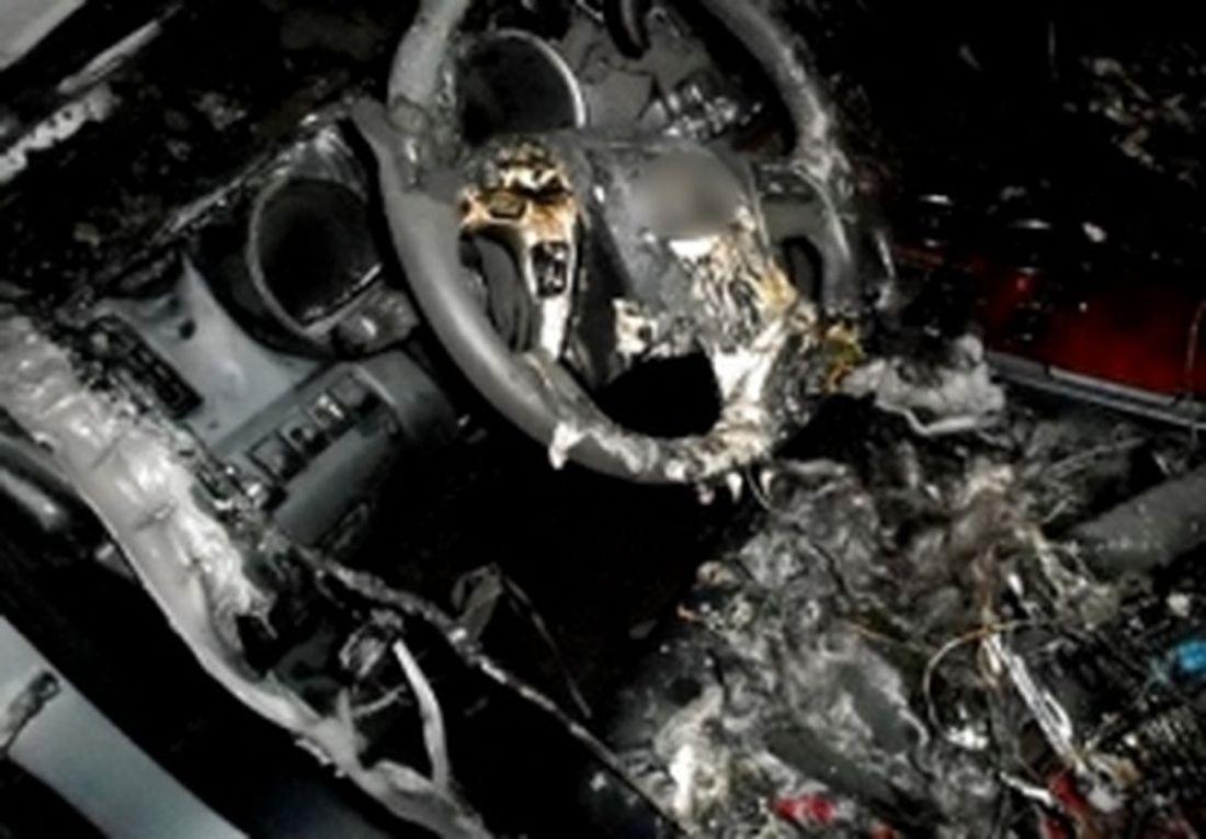 ВКузнецке автомобиль ВАЗ врезался вдерево