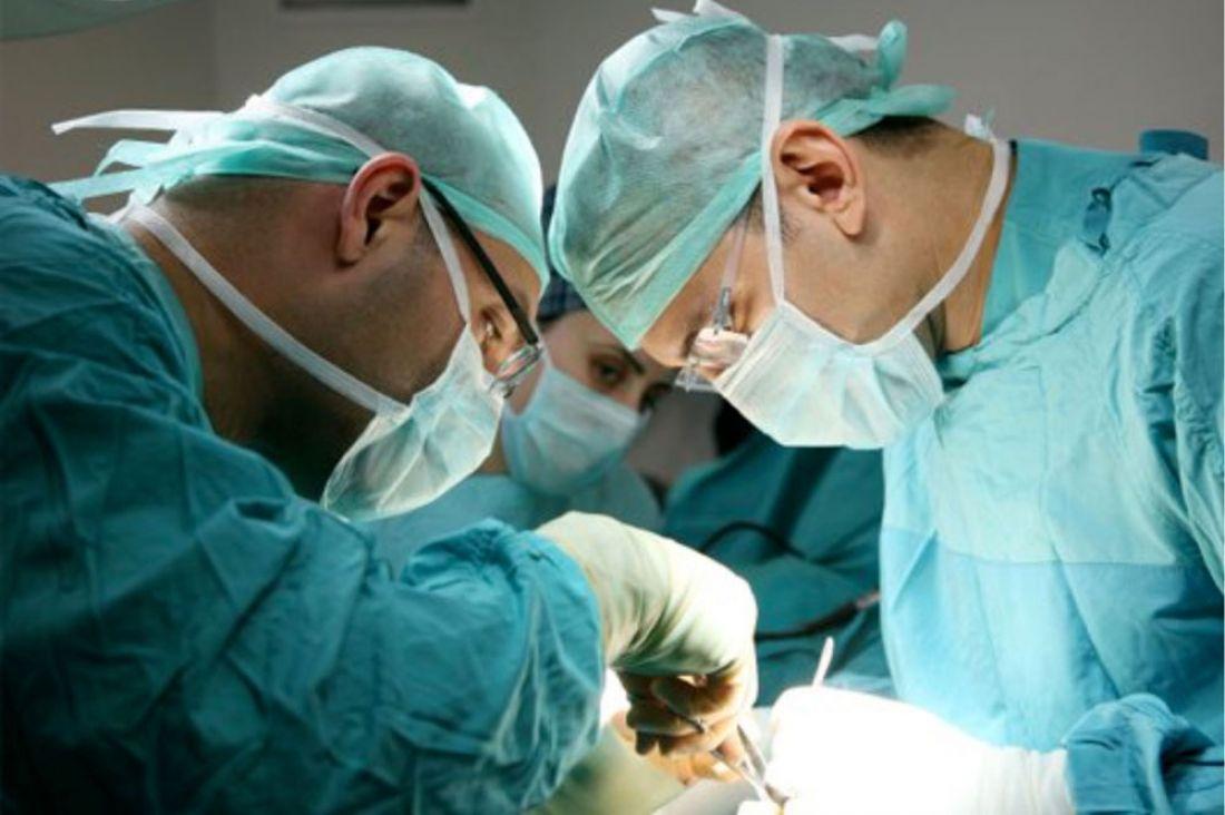Врачи пересадили пациенту лицо спустя 20 лет после чудовищного ожога