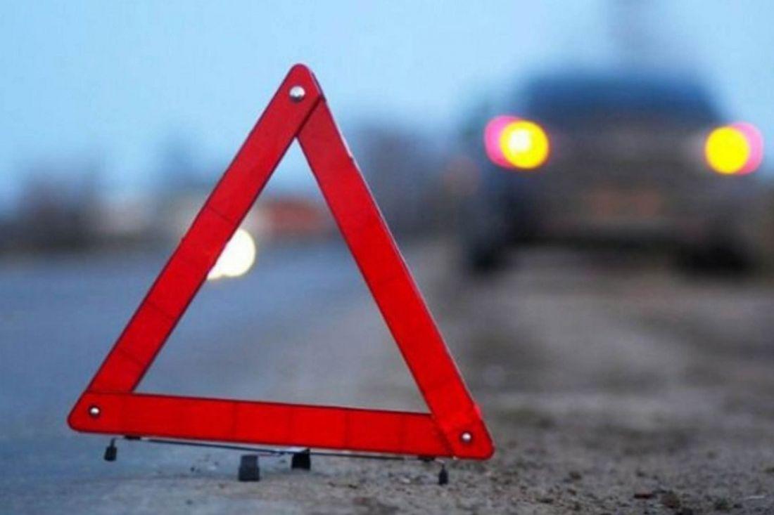 ВКаменском районе женщина выпала измчащегося автомобиля