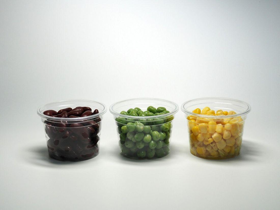 Ученые: Люди съедают много пластмассы, не зная об этом