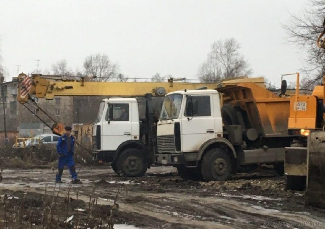Виктор Кувайцев оценил масштабы порыва наулице Нахимова вПензе