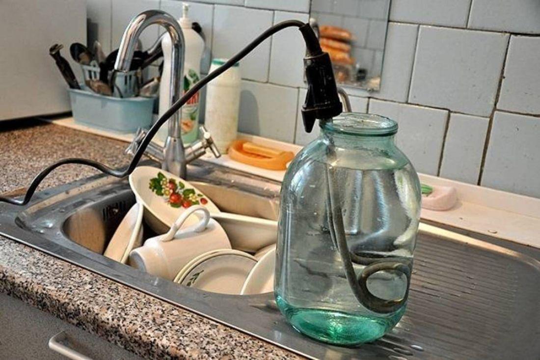 Горячая вода в доме как сделать