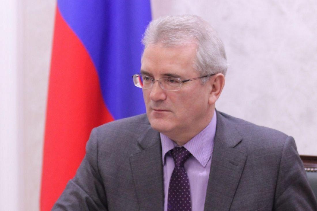 Владимир Миклушевский держит позиции вТОП-15 глав регионов всфере ЖКХ