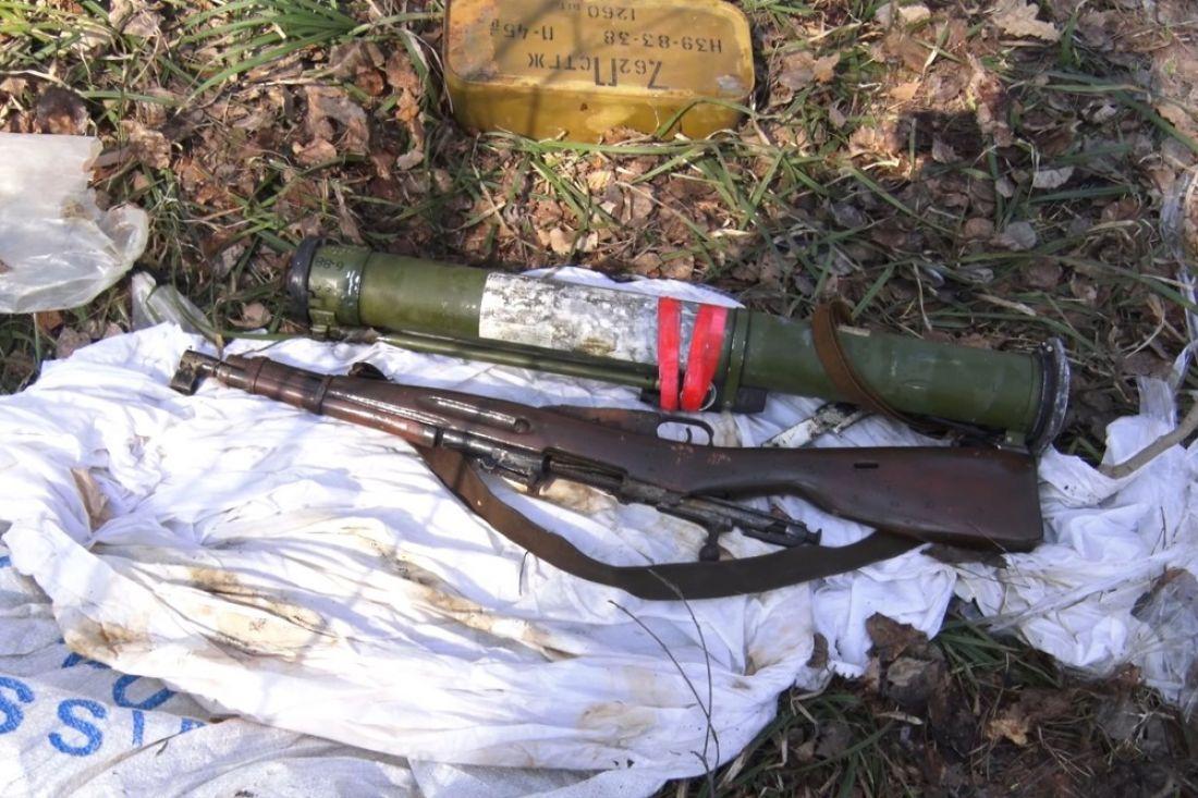 ВПензе неподалеку от федеральной дороги найден схрон оружия ибоеприпасов