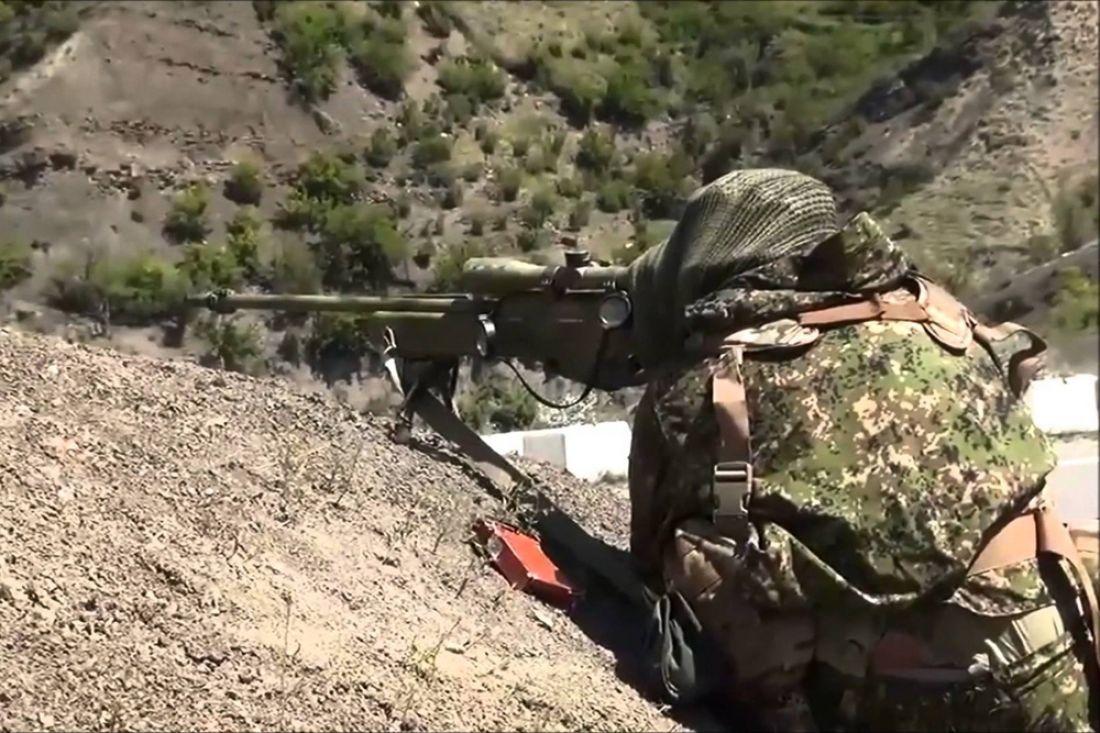 При нападении боевиков навоинскую часть Росгвардии вЧечне погибли шесть служащих