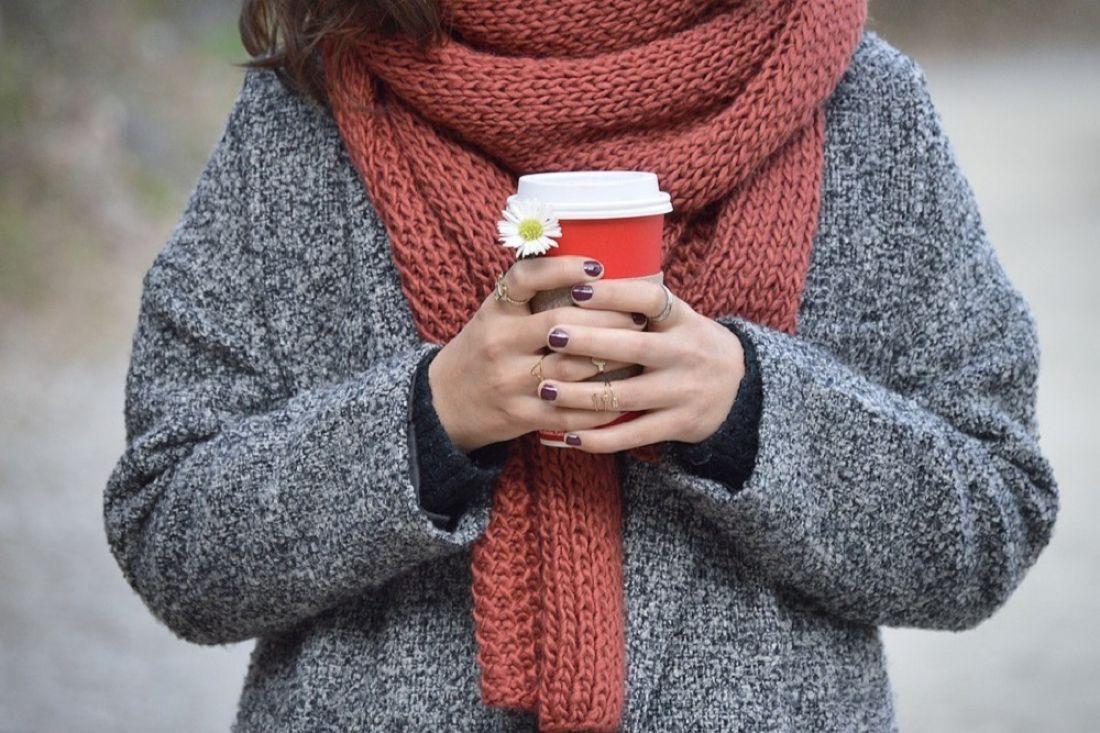 Мед. сотрудники : Отприступов астмы вмороз пожет шарф