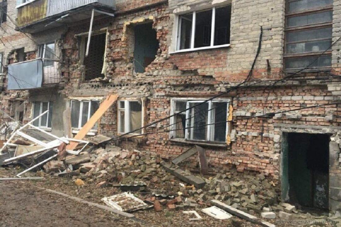 Суд постановил выселить семью изразрушающегося дома вПензе
