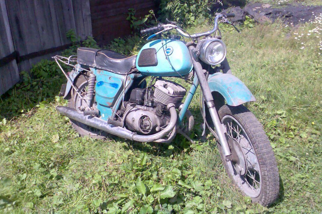 ВПензенской области 18-летний парень похитил чужой мотоцикл