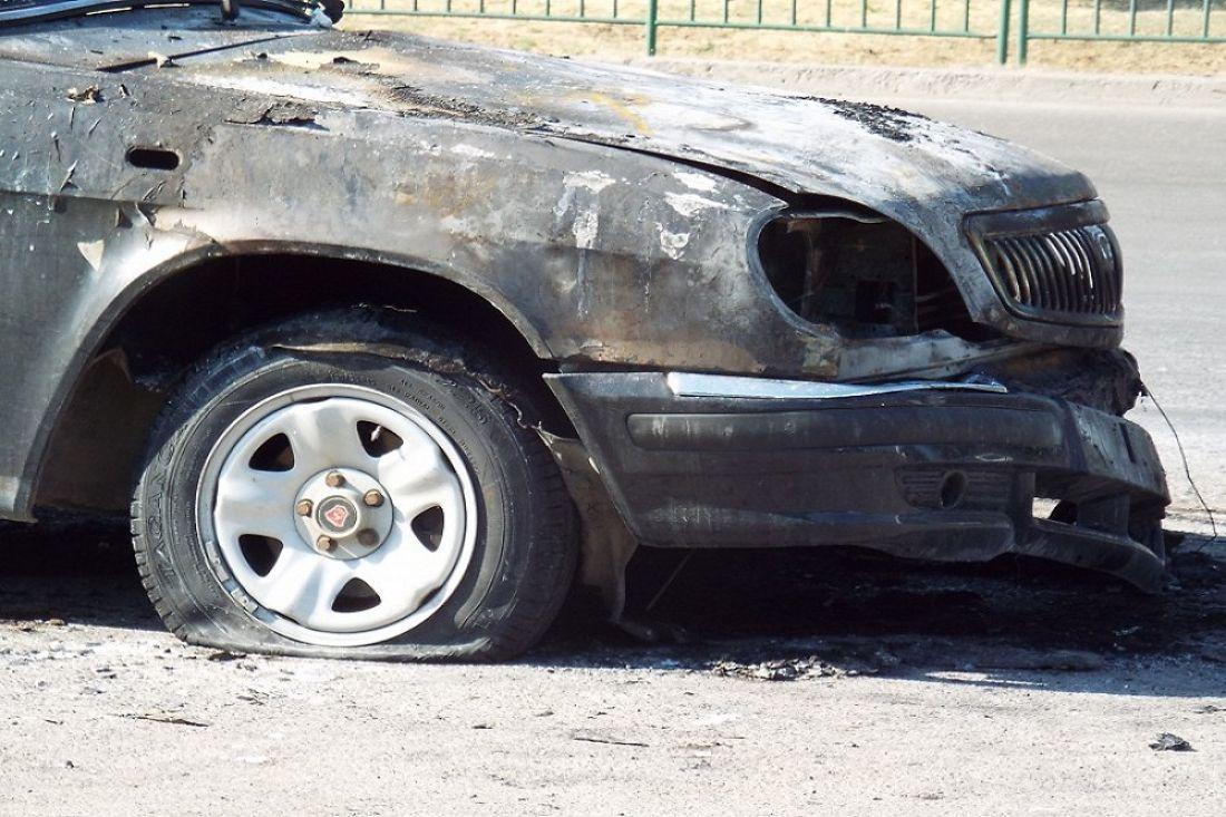 Ночью вПензе сгорел автомобиль «Волга»