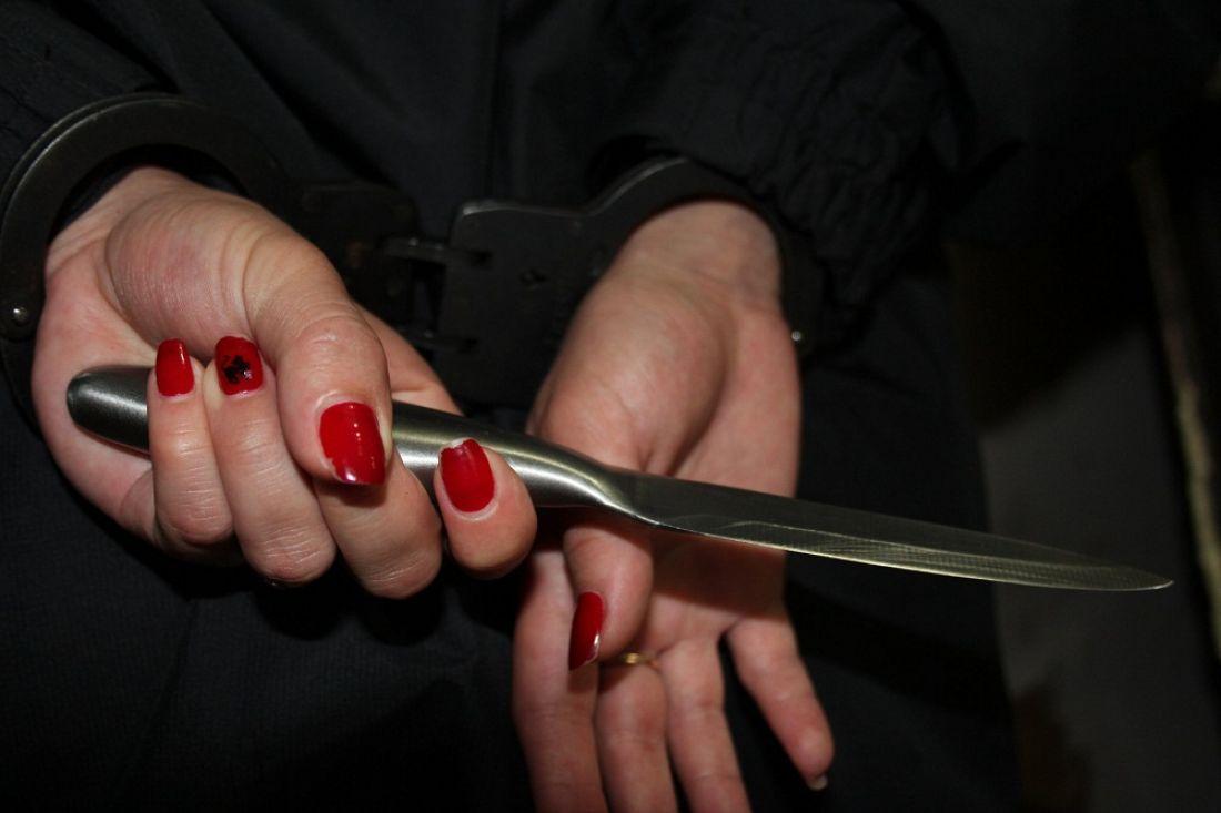 ВЛунино 53-летняя женщина воткнула нож вспину односельчанина