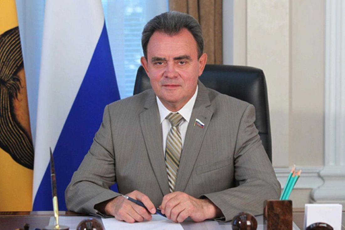 Виктор Сазонов удерживается впервой четверти рейтинга глав заксобраний субъектовРФ