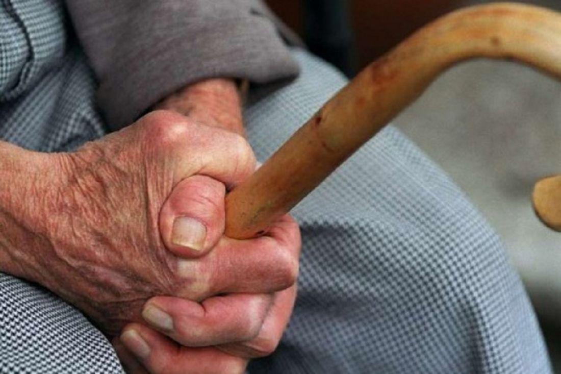 Пенсионер изКанашского района досмерти забил свою супругу тростью