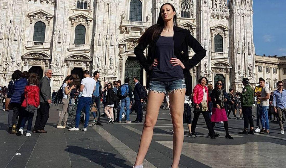 Модельный бизнес сурск работа в спб девушка модель мужчина