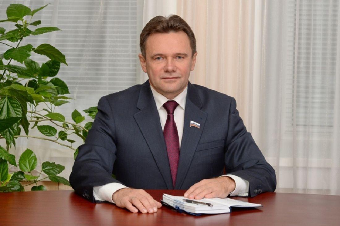 Поздравление руководителя Мордовии В. Д. Волкова сДнем матери
