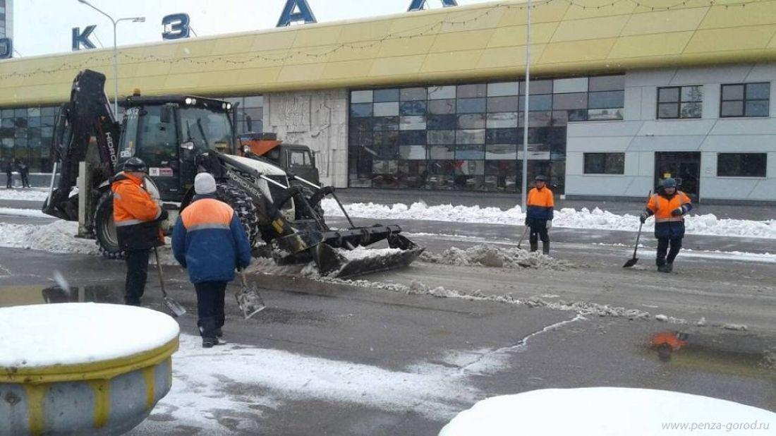 Мэр Пензы проконтролировал работы поуборке снега