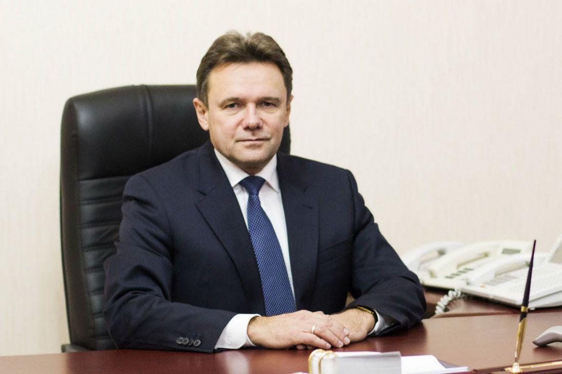 Виктор Кувайцев вПФО удерживает лидерство вмедиарейтинге