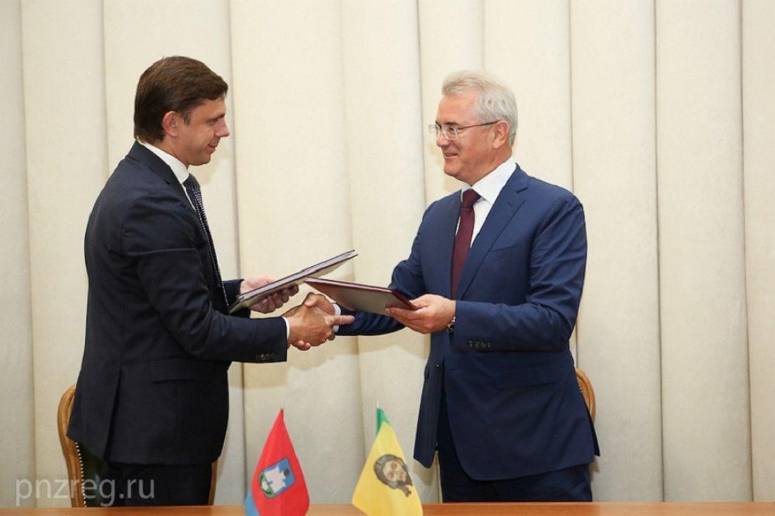 Иван Белозерцев возглавил пензенскую делегацию, отправившуюся вОрловскую область
