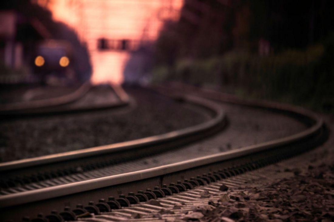 ВЧелябинской области пенсионер попал под один изполувагонов грузового поезда