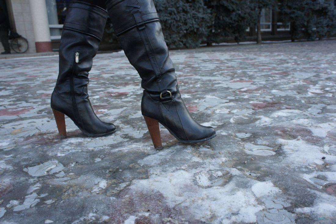 Мокрый снег, гололед исильный ветер придут в российскую столицу вовторник