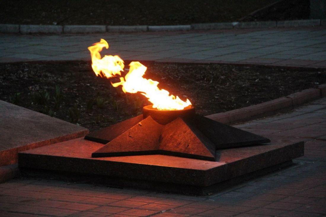 Cтудент «сплясал» у бессрочного огня вПодмосковье, ведут проверку