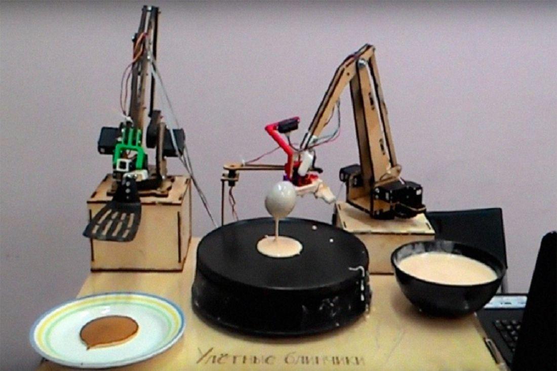НаВДНХ появился робот-блинопёк