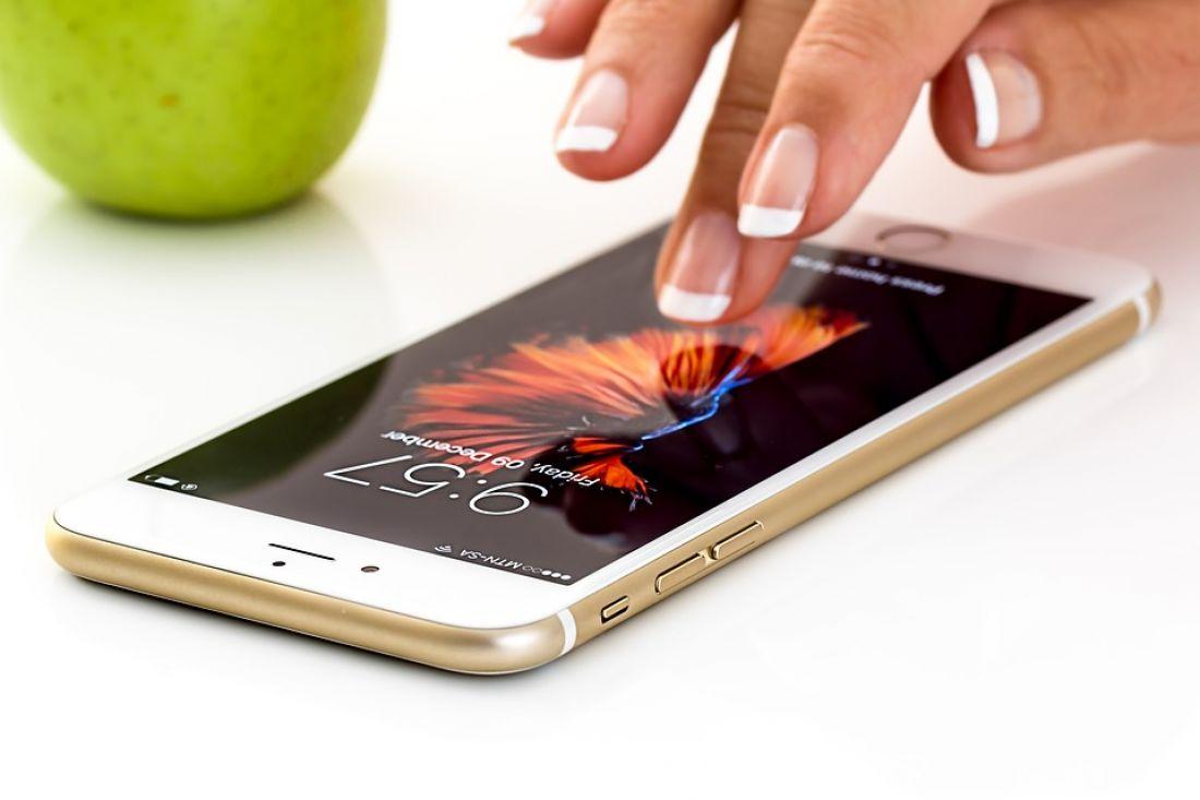 Смартфон iPhone 6 подешевел до критической отметки в России