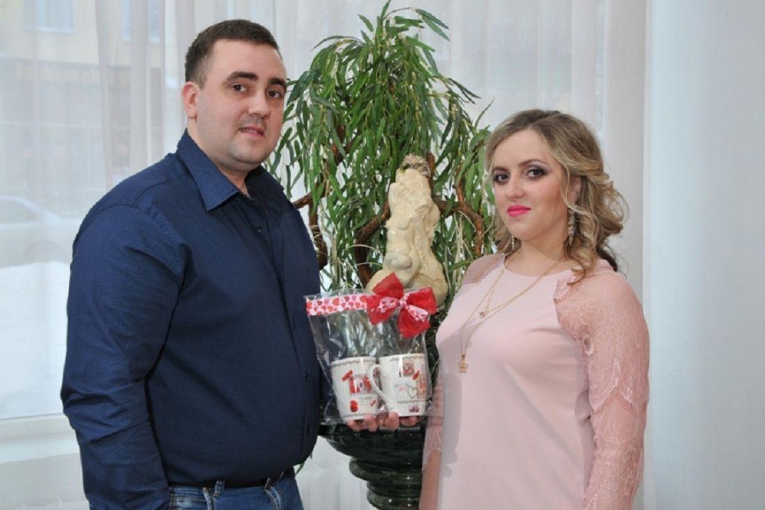 ВДень всех влюбленных вПервоуральске поженилась одна пара