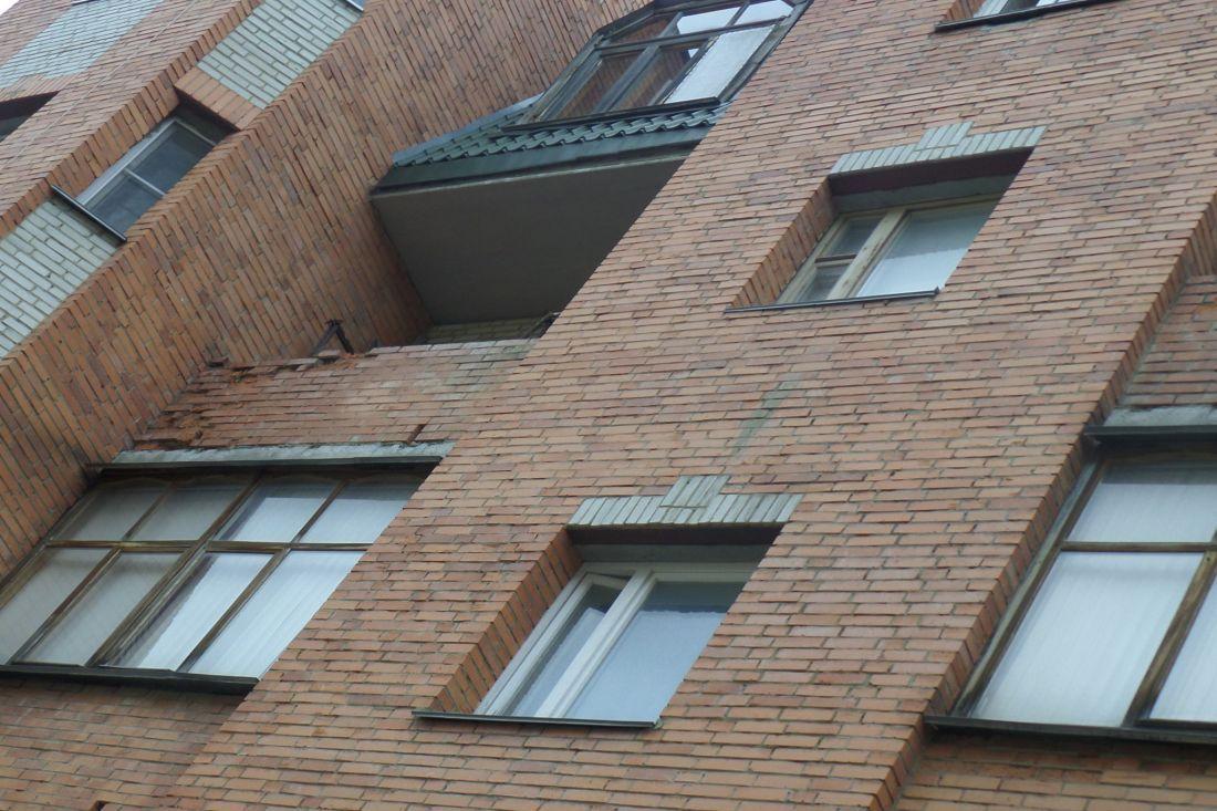 ВПензе пенсионерка выпала изокна восьмого этажа