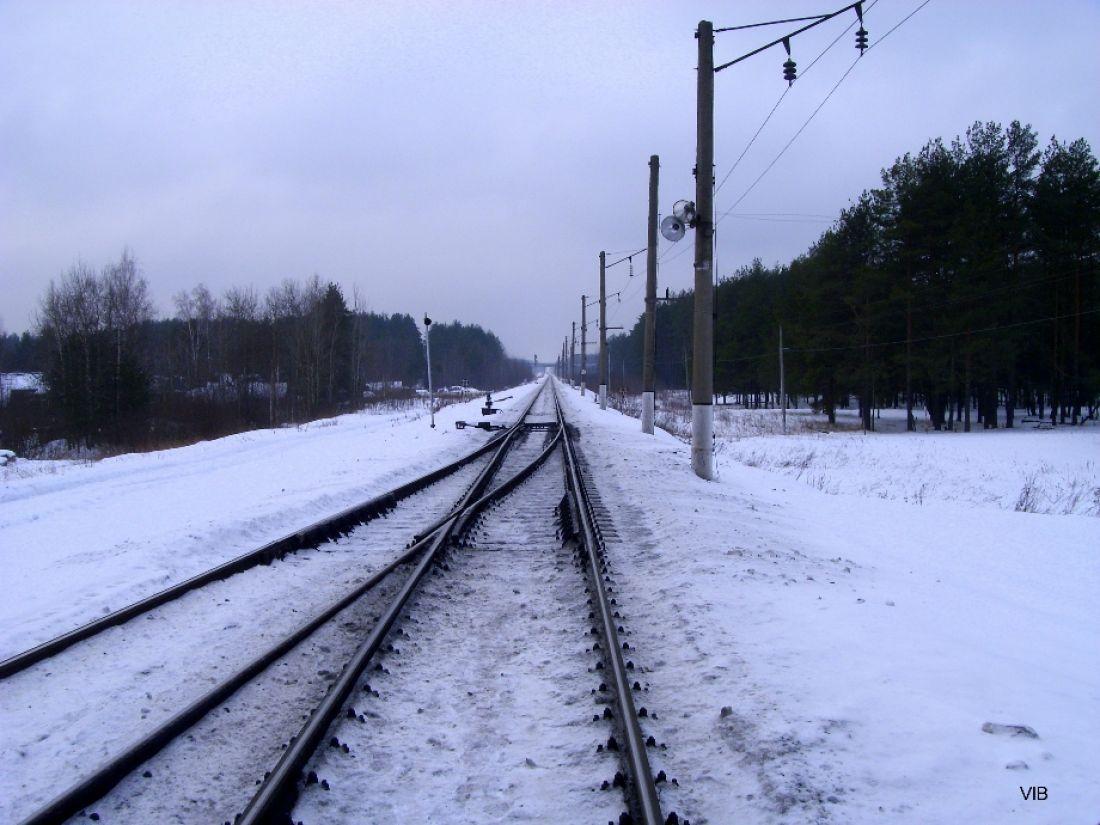 Молодой мужчина умер близ железнодорожных путей вПензе