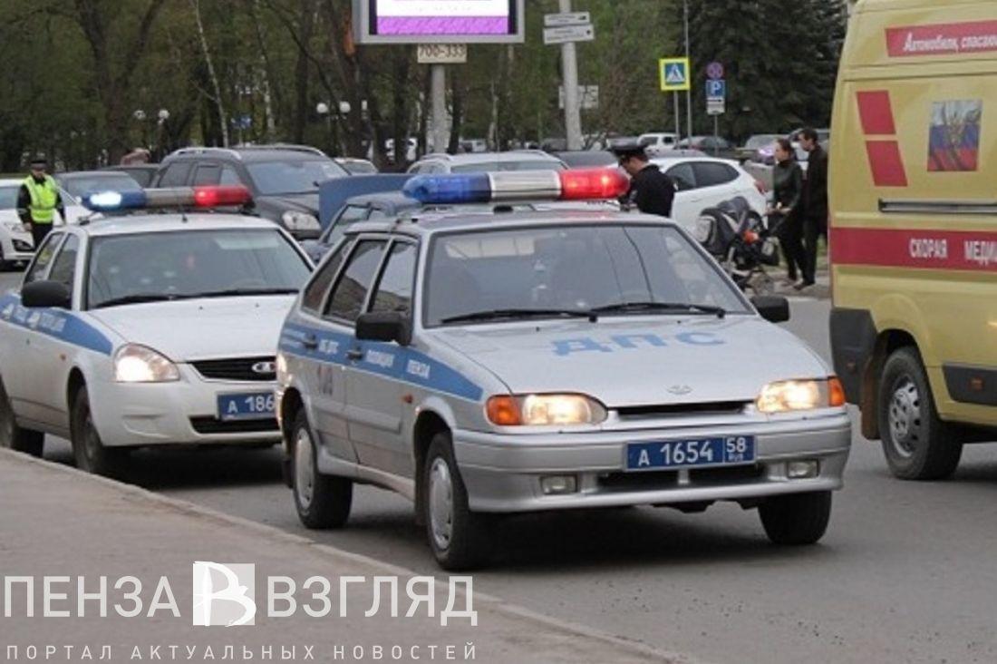 Натрассе вПензенской области вДТП пострадали женщина иребенок