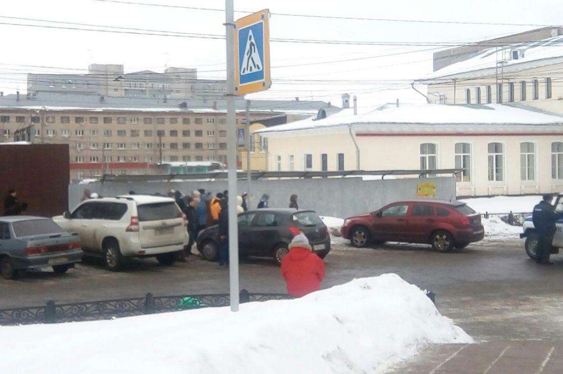 Стерритории тульского автовокзала снято оцепление милиции