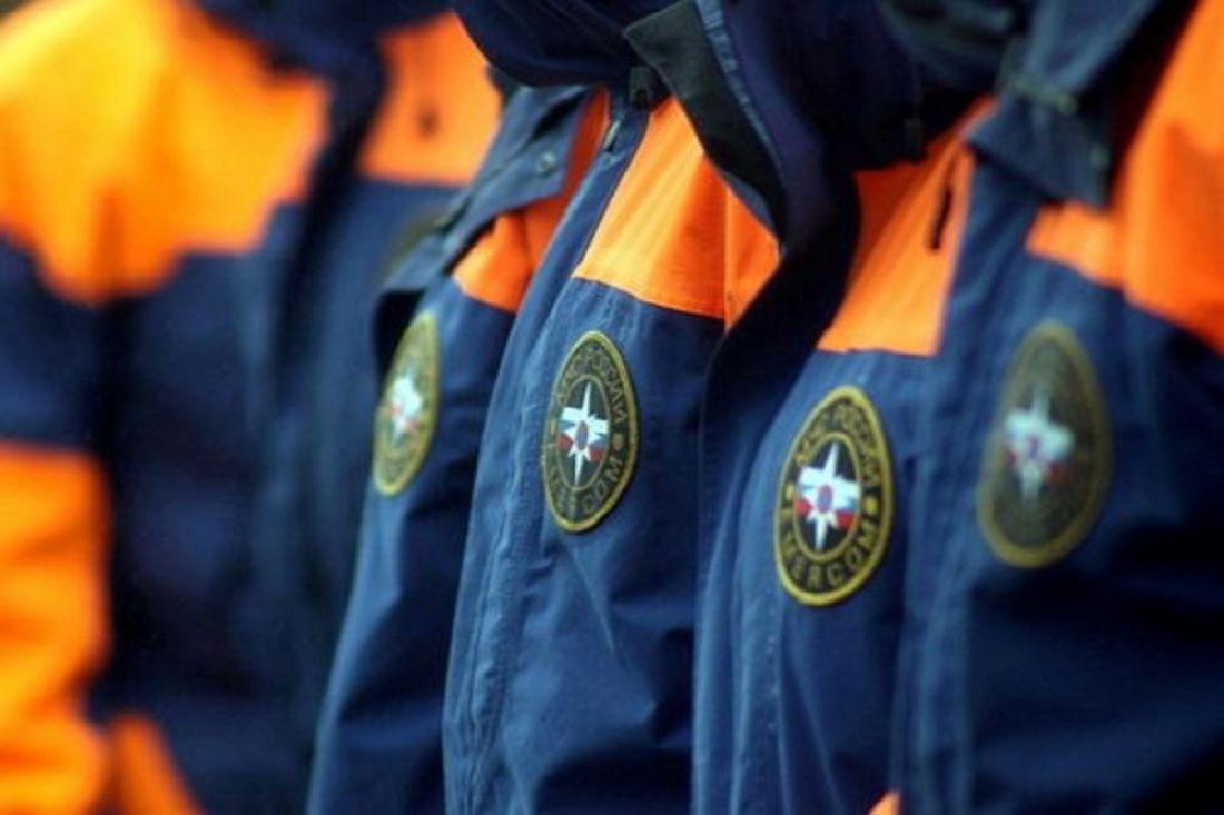 ВПензе cотрудники экстренных служб помогли грузной женщине