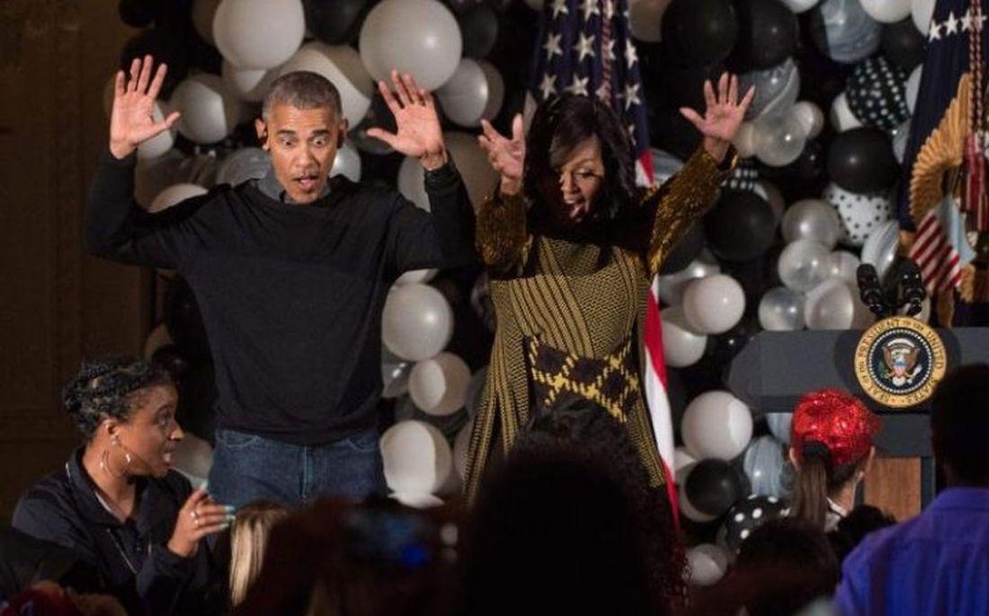 Обама станцевал под Майкла Джексона наХэллоуин. Танец неудался