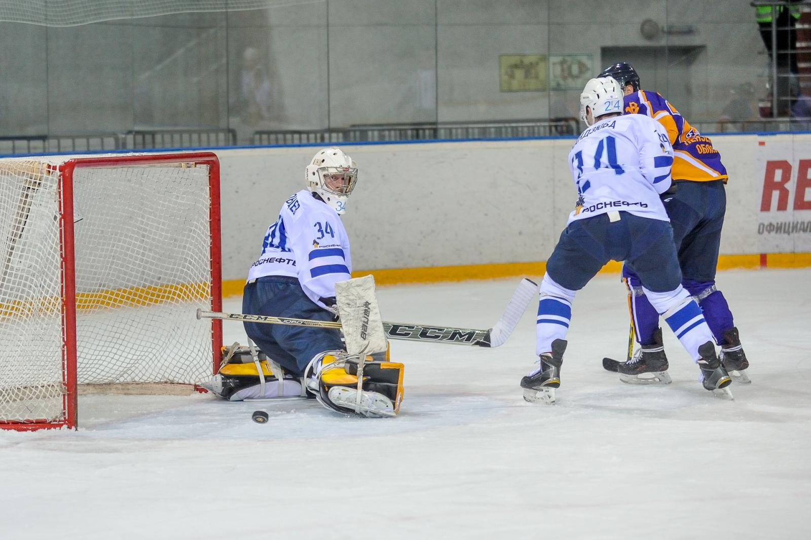 Пензенский «Дизель» разгромил лидера чемпионата ВХЛ— клуб «ТХК» срезультатом 4:0