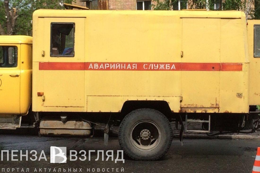 Жительница Петербурга провалилась вкипяток среди улицы