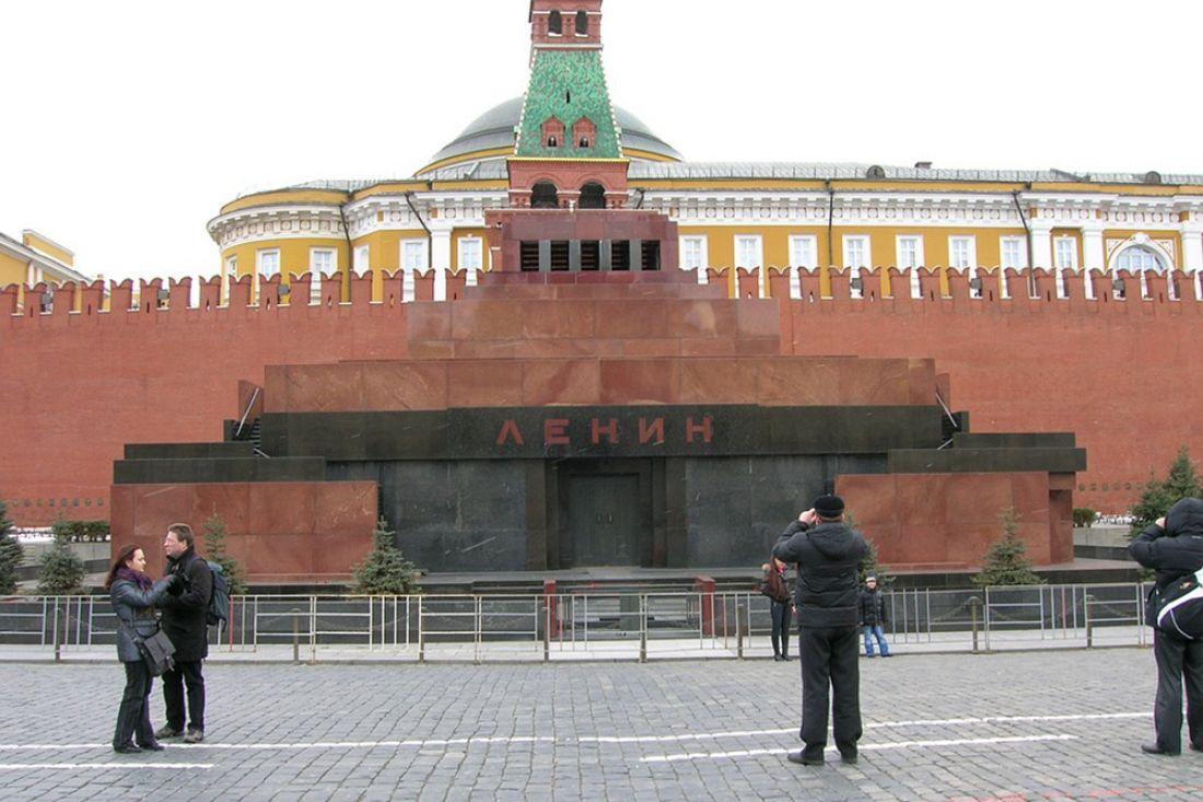Кадыров считает, что хватит смотреть натруп Ленина