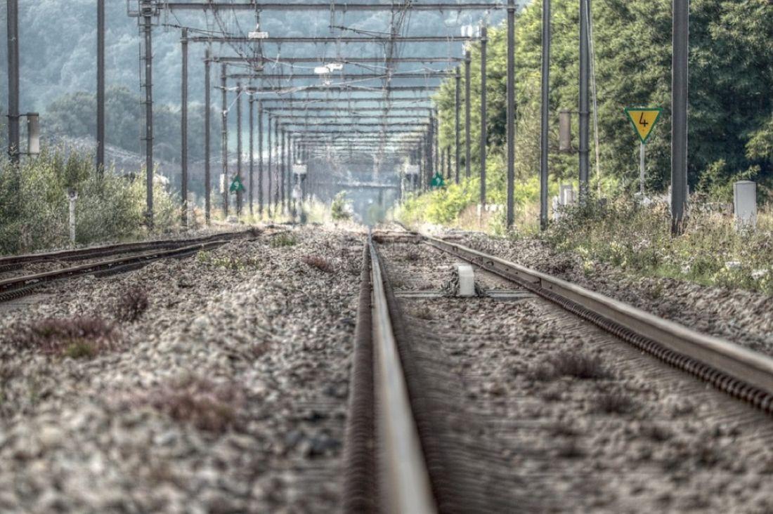 Три человека стали жертвами крушения поезда вИндии
