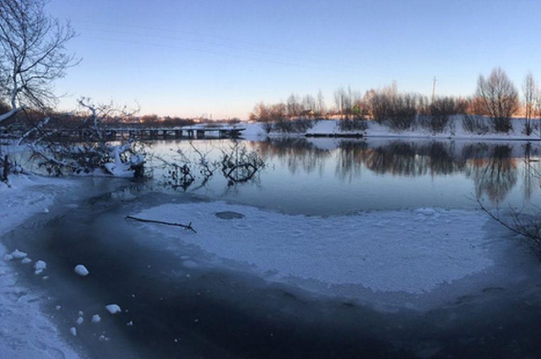 Двое детей провалились под лёд вПензенской области, один потонул