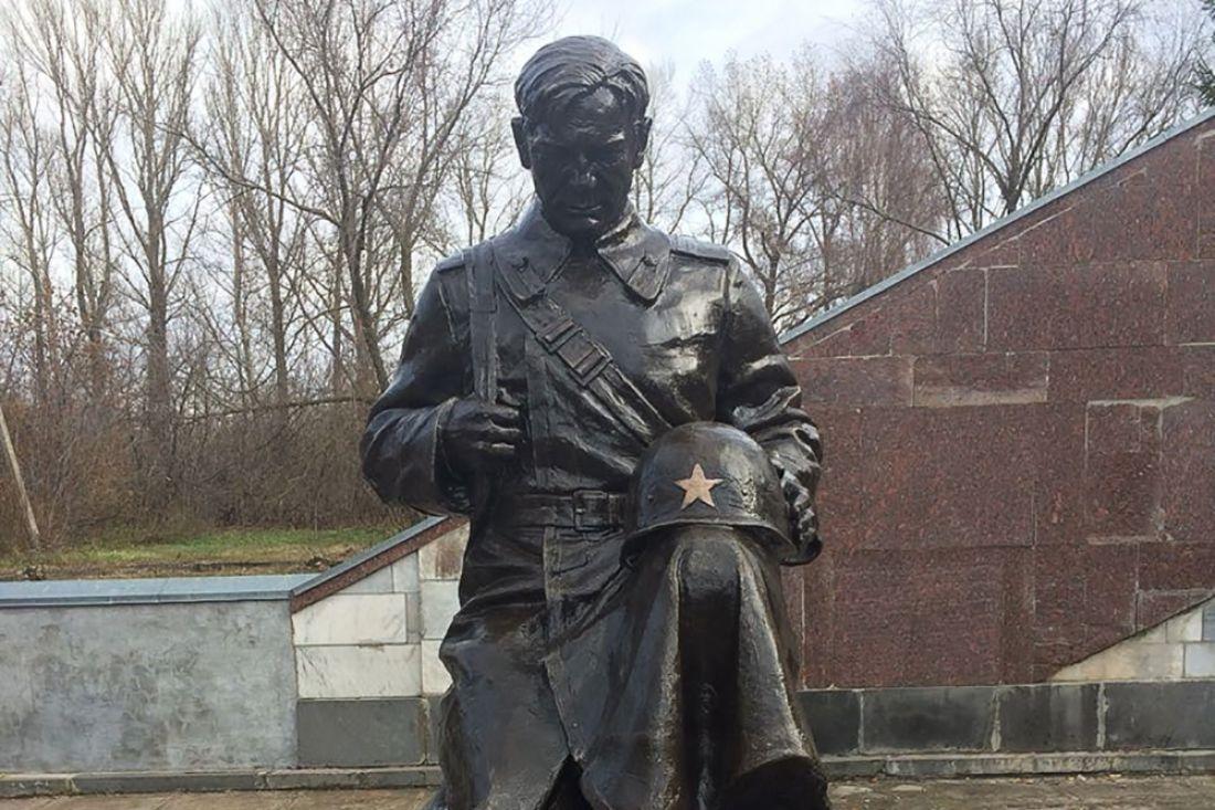 ВСердобском районе установлен монумент советскому солдату