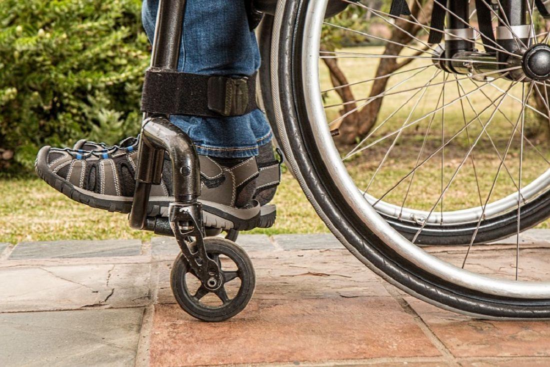 В русских  областях  появятся пункты проката инвалидных колясок