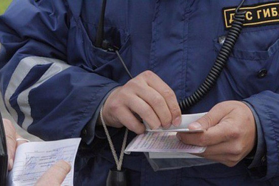 Пензенец заплатит 200 тысяч завзятку саратовскому полицейскому