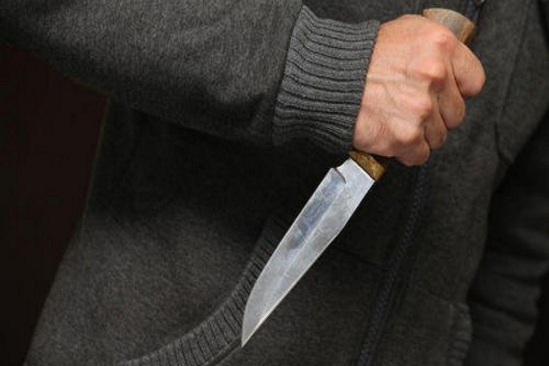 Пензенец из-за денежных средств ударил ножом родную мать