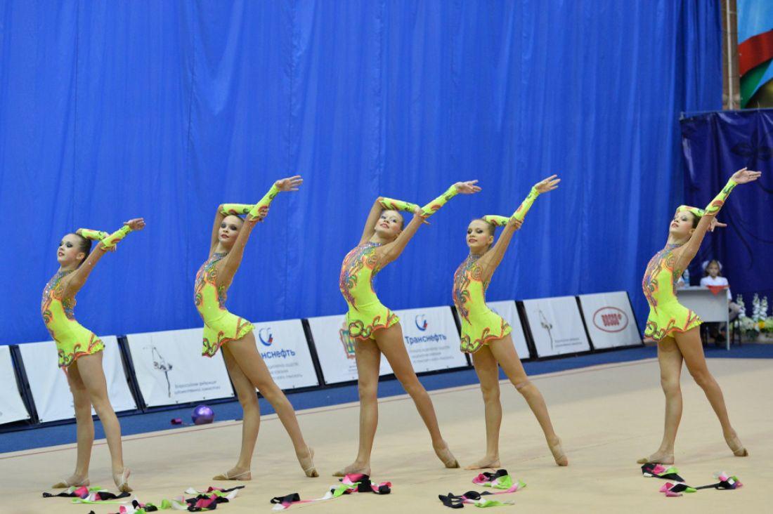 Сборная РФ похудожественной гимнастике выиграла групповые упражнения наГран-при столицы
