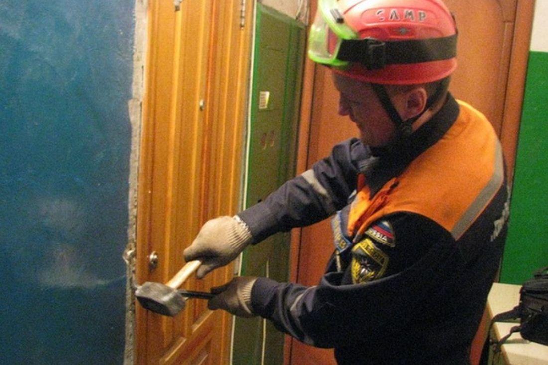 ВПензе 2-летний сын закрыл маму набалконе 8 этажа