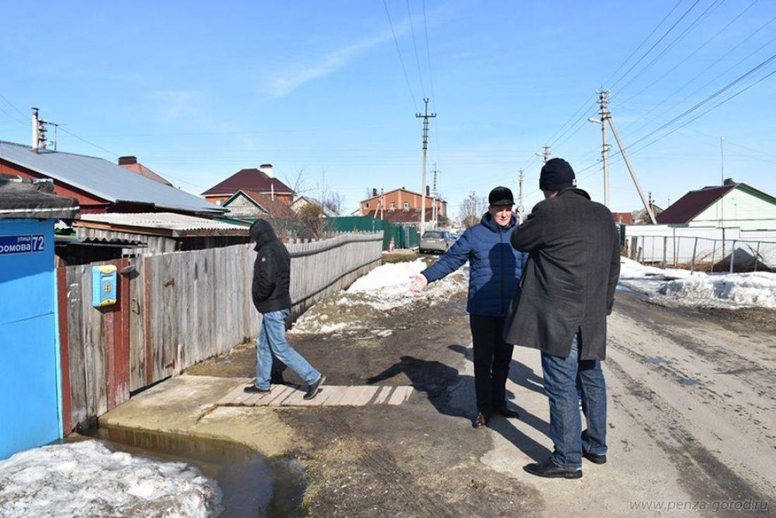 Наулице Громова вПензе произошел потоп из-за зацементированной трубы