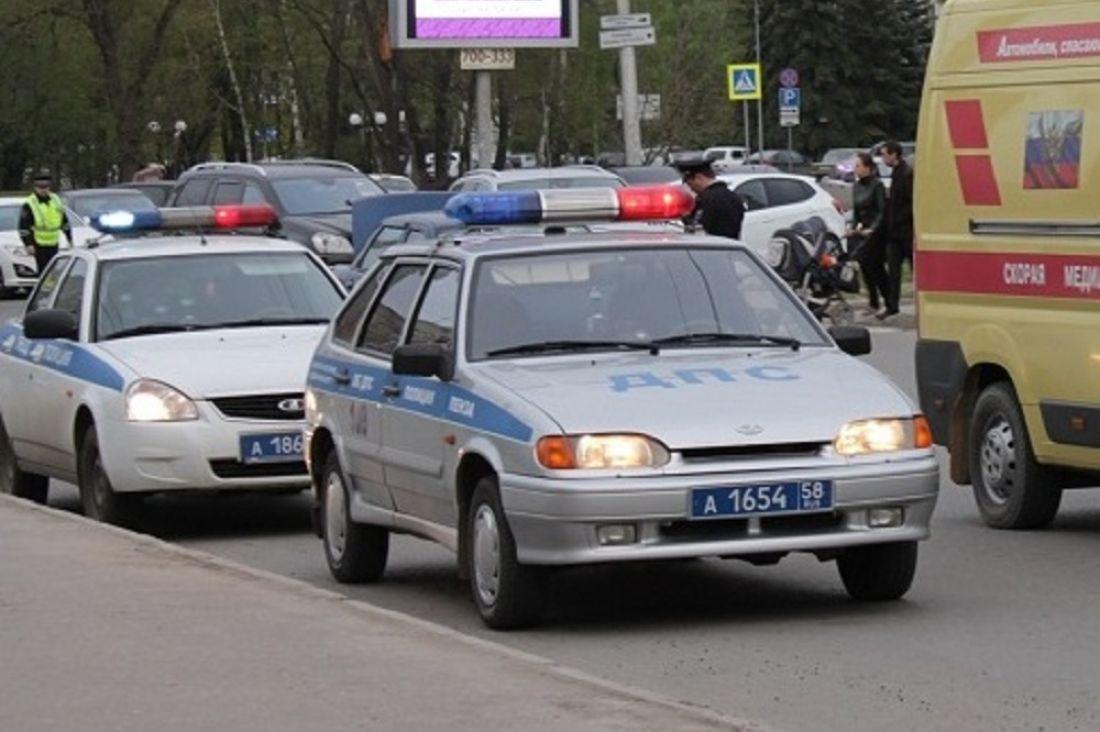 Под Пензой молодой мужчина умер в итоге ДТП сучастием «КамАЗа»
