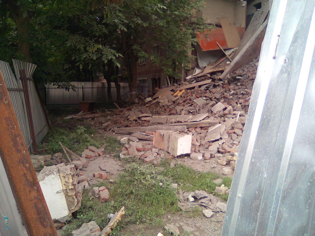 ВПензе обрушилась стена общежития